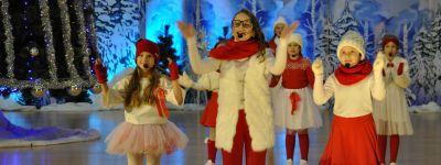 Губкинский благочинный побывал на общегородском рождественском концерте «Русская зима. Время чудес»