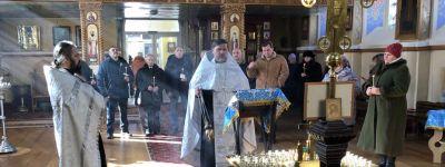 В Свято-Никольском храме в Валуйках совершена панихида в память о погибших воинах-интернационалистах
