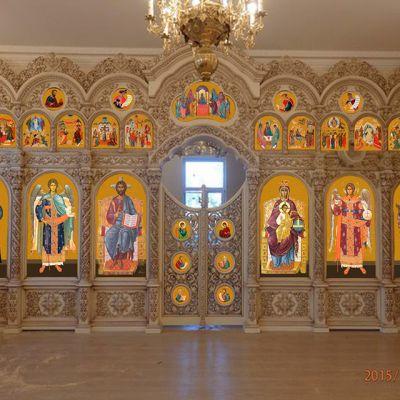 Иконостас храма Святителя Николая