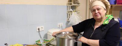 Белгородское сестричество милосердия с помощью президентского гранта оборудовало кухню для бездомных