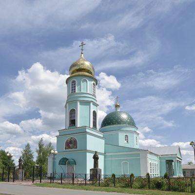 Храм Живоначальной Троицы в селе Большебыково