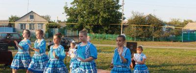 Праздник «В медовом царстве» прошёл в ТОС «Надежда» в посёлке Новый в Волоконовском благочинии