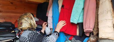 Продолжает свою работу гуманитарный склад «Лавка добра», открытый при храме в Красной Яруге