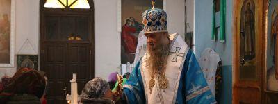 Епископ Валуйский совершил Божественную Литургию в престольный праздник в храме в селе Иващенково