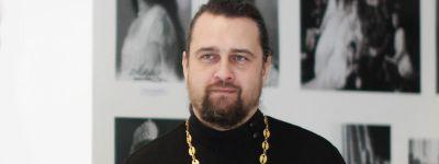 Клирик храма Сергия Радонежского ответил на вопросы православных