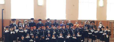 Настоятель храма в Гостищево поздравил первоклассников с принятием кадетской присяги