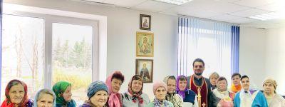 Молебен в молитвенной комнате, оборудованной в сельском ДК, совершили православные в Аверино