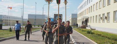 Икона «Избавительница от бед» побывала в воинской части в Валуйках