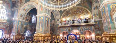 В самом большом храме Белгородской митрополии состоялось соборное служение духовенства всех трёх епархий