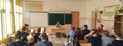 О зависимостях и человеческих страстях поговорил священник со старшеклассниками Нагорьевской школы