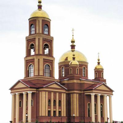 Храм в честь Новомучеников и исповедников Белгородских в городе Строитель