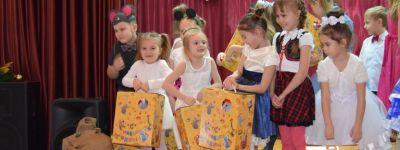 Рождественский утренник воскресной школы храма Новомучеников и Исповедников Белгородских прошёл в Строителе