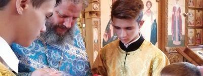 Православные гимназисты встретили Рождество Пресвятой Богородицы на литургии в храме равноапостольной княгини Ольги в Старом Осколе
