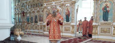 Епископ Валуйский совершил Божественную литургию в главном храме епархии