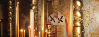 Ракитянский благочинный поздравил православных посёлка с престольным праздником