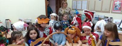 Рождественские колядки пропели в белгородском православном детском саду «Покровский»
