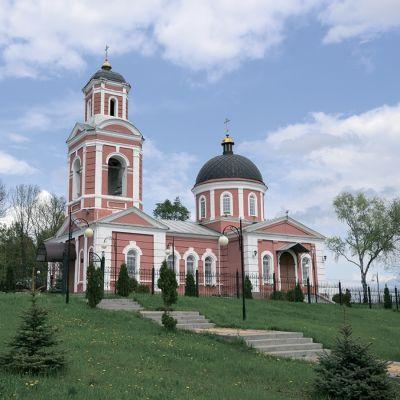 Храм Архистратига Божьего Михаила в Чураево