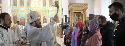 В праздник Вознесения Господня епископ Губкинский совершил Божественную литургию в Вознесенском храме села Радьковка