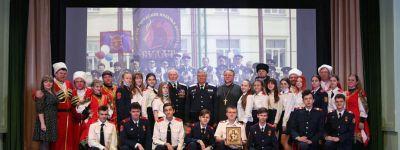 Кадеты казачьего класса в Валуйках встретились с атаманом и священником