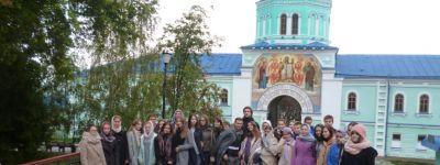 Ученики православной гимназии Старого Оскола съездили в Коренную Пустынь