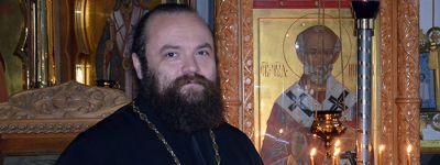 Прихожане Свято-Никольского храма поздравили отца Сергия с Днём ангела