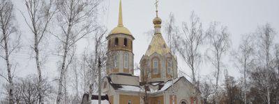 Епископ Губкинский ознакомился с ходом строительства храма в честь Архистратига Михаила в селе Гора-Подол
