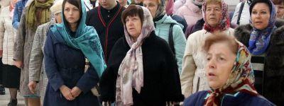 Епископ Валуйский в Покров совершил Божественную литургию в кафедральном соборе епархии