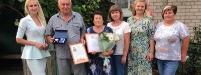 Четыре семьи из Алексеевского городского округа, прожившие вместе более 45 лет, награждены медалью «За любовь и верность»