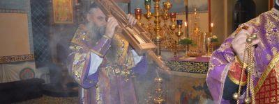 Епископ Валуйский на Воздвижение совершил службу в городе Алексеевка