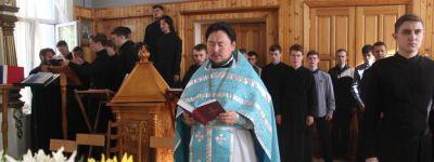 С молитвы начали новый учебный год студенты Белгородской духовной семинарии