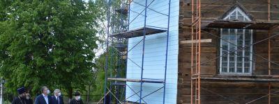 Фонд «Поколение» и лично Андрей Владимирович Скоч подарят храму в Тростенце новые кресты для куполов