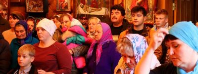 Божественную литургию в храме в честь иконы Божией Матери «Скоропослушница» села Владимировка совершил епископ Губкинский