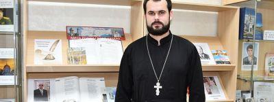 Настоятель храма Покрова Пресвятой Богородицы в селе Прилепы ответил на вопросы чернянских журналистов о православии