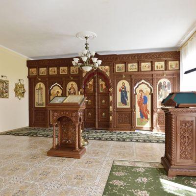 Архиерейское подворье Свято-Троицкого храма в селе Новотроевка
