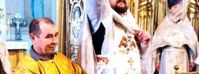 Божественную литургию в праздник Архангела Михаила совершили в храме села Тёплый Колодезь