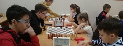 Ученицы воскресной школы Смоленского собора стали призёрами большого шашечного турнира в Белгороде