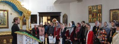 Студенты белгородского медколледжа совершили экскурсию по историческим местам Белгорода
