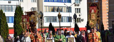 В старооскольском храме Сергия Радонежского отметили престольный праздник