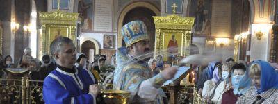 Праздник Покрова встретили в Спасо-Преображенском кафедральном соборе в Губкине