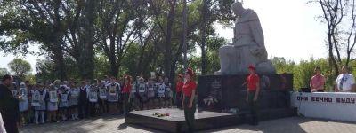 Памятные митинги у братских могил  прошли в сёлах Айдар и Пристень