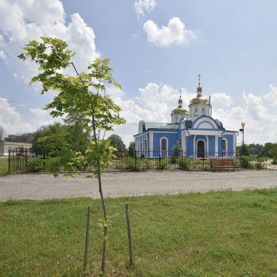 Храм святых бессребреников Космы и Дамиана в селе Огибное