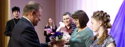 Настоятель храма Иоанна Предтечи и глава Валуйского городского округа выразили благодарность валуйским мамам