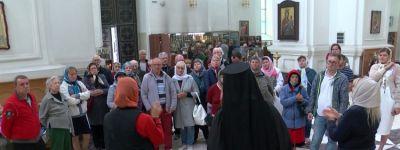 Более 200 белгородцев с нарушениями слуха совершили поездки по святым местам Белогорья при поддержке президентского гранта