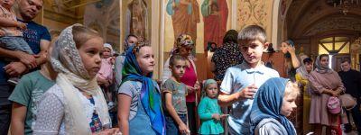 В День Крещения Руси митрополит Белгородский совершил литургию на главной площади Белгородской области