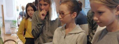 Фотовыставка «Успех – это здорово!», посвящённая победам учеников Воскресной школы, поющим в хоре, открылась при Смоленском соборе в Белгороде