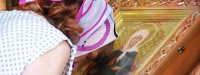 Икона с мощами Матроны Московской посещает Старый Оскол