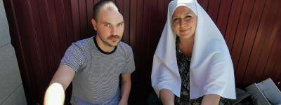Белгородское сестричество милосердия нашло холодильник подопечному, который заново учиться ходить