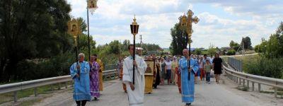 Крестный ход с частицей мощей святого великомученика Пантелеимона прошёл по Колтуновке
