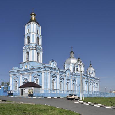Храм Рождества Пресвятой Богородицы в Короче