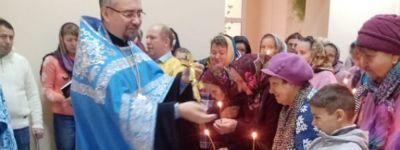 Престольный праздник новоучрежденного прихода в честь Казанской иконы Пресвятой Богородицы отметили в Присынках и в Сергиевке